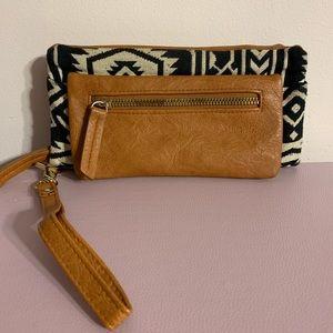 Printed wristlet wallet/ crossbody